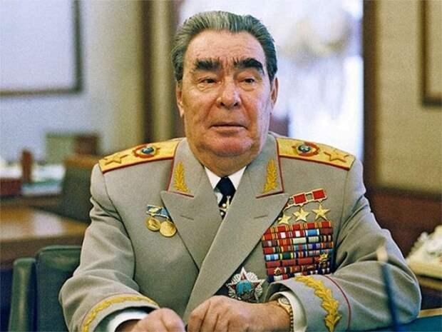 Каких наград Брежнев лишился после смерти