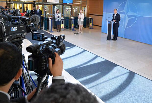 На саммите НАТО в Варшаве было принято решение перебросить дополнительные силы к границам России