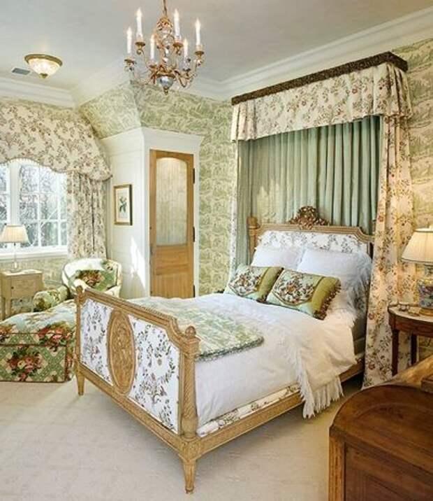 Классический Спальня by Linda L. Floyd, Inc., Interior Design