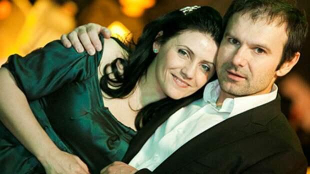 Святослав Вакарчук развелся с женой после 20-ти лет совместной жизни