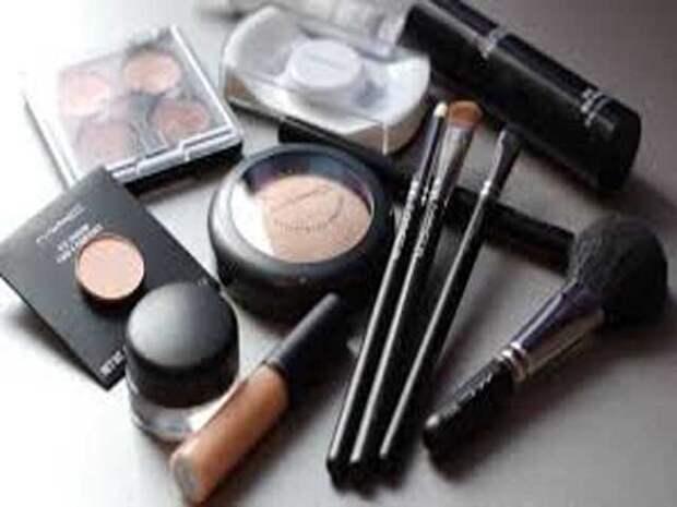 9 привычек с косметикой, которые портят вам жизнь