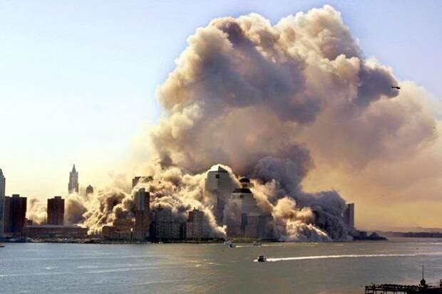 В США вспоминают теракт 11 сентября 2001 года