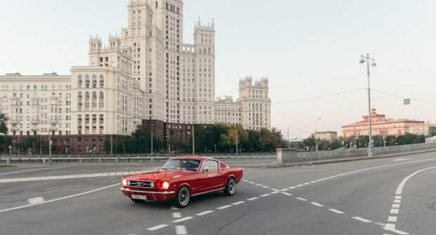 В каршеринг Москвы вернули раритетные Ford Mustang