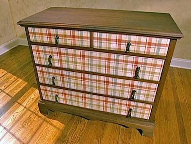 Картинки по запросу декупаж мебели обоями мастер класс