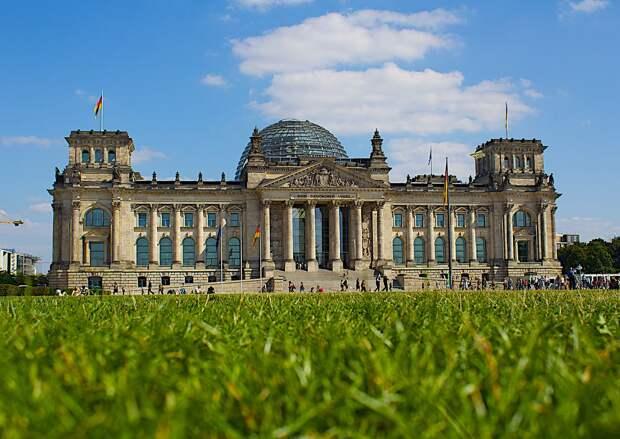 Прошлое и настоящее главного здания Германии