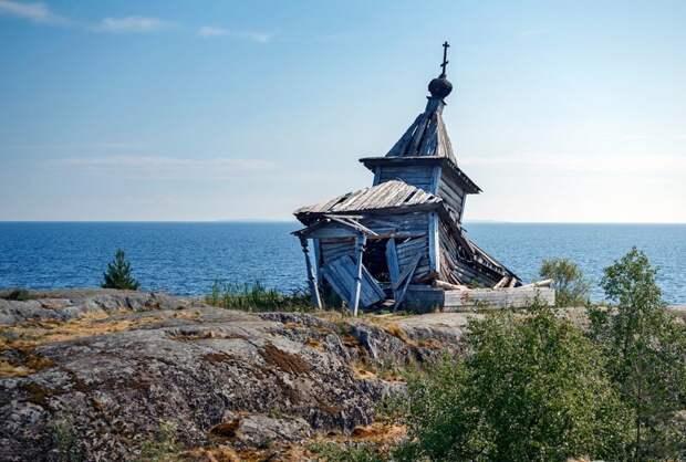 Рядом с Ладожским озером рушится небольшая часовня, OSDG заброшенные здания, маяк, просторы, россия, церкви