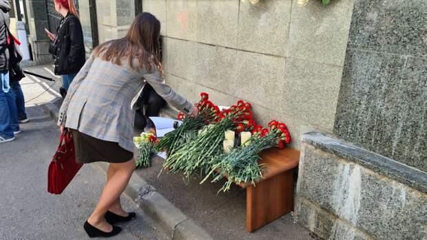 Наши мысли с вами: американцы отреагировали на стрельбу в Казани