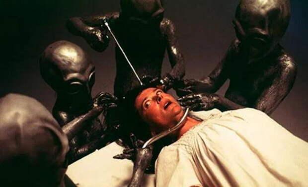 Инопланетяне пытали Зигмунда Адамски