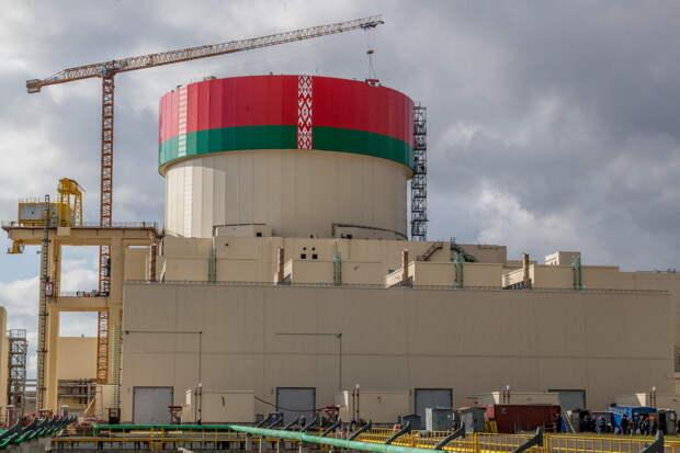 Лукашенко поддерживает строительство второй атомной станции в Беларуси