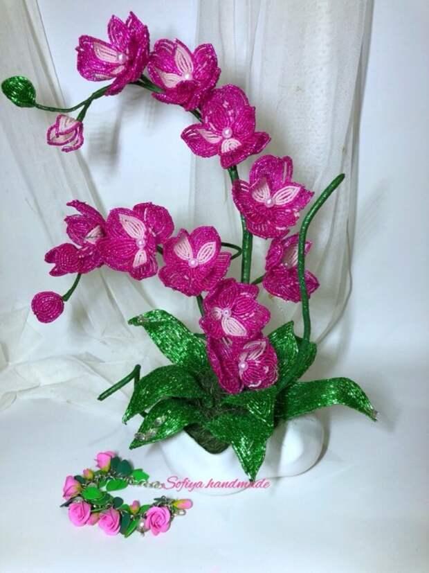 Незабываемые орхидеи из бисера