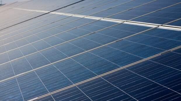 """Перовскитные солнечные батареи стали надежнее благодаря """"молекулярному клею"""""""