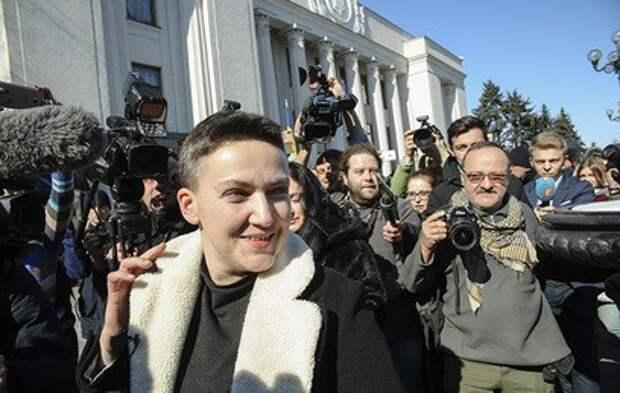 Похорошевшая Савченко устроила переполох в Раде