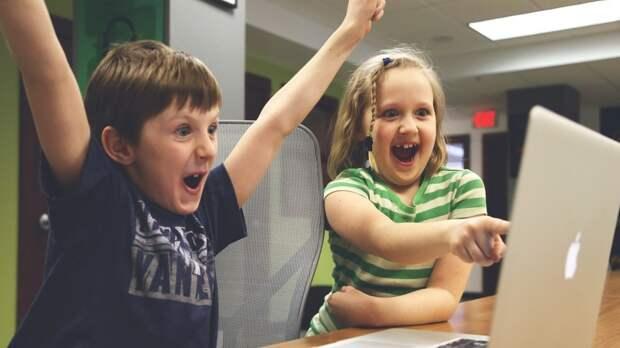 Ученые установили связь между играми и низкой успеваемостью школьников