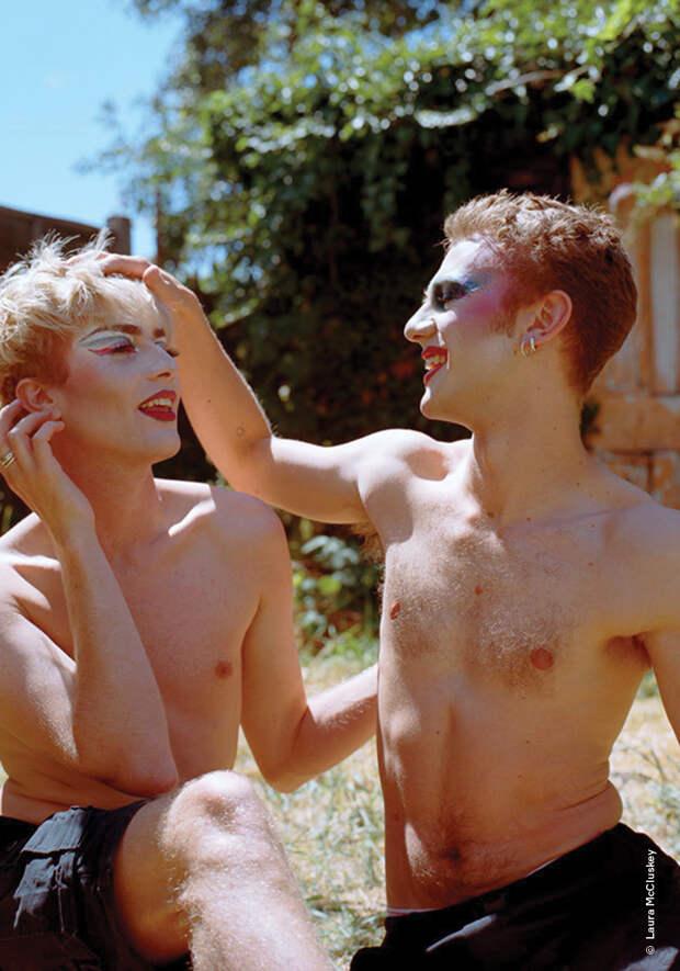 Вуайеризм, гомосексуальность и венерофобия: сексологи — о том, что волнует мужчин