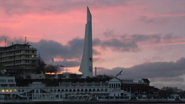 Одна из ниток энергомоста в Крым впервые оказалась повреждена