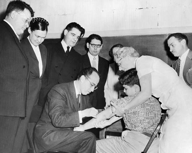 Как СССР помог Японии победить смертельный вирус
