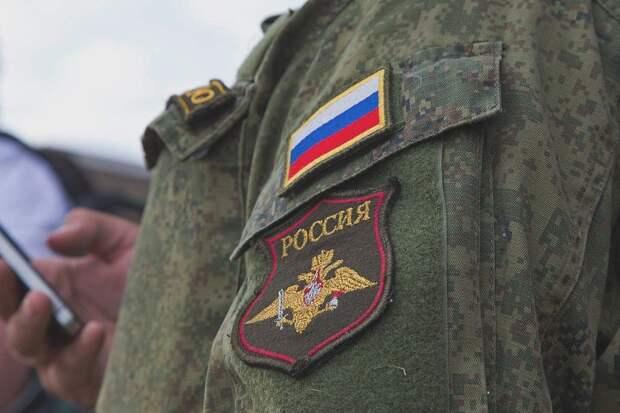Двух крымских солдат посадили на три года за нападение на человека