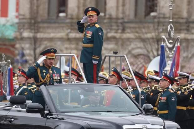 Роскосмос опубликовал фото парадов Победы со спутника