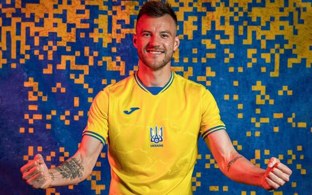«Мечтаю об игре Россия–Украина на Евро, несмотря на провокации». Левченко — о скандальной форме и давлении на УЕФА