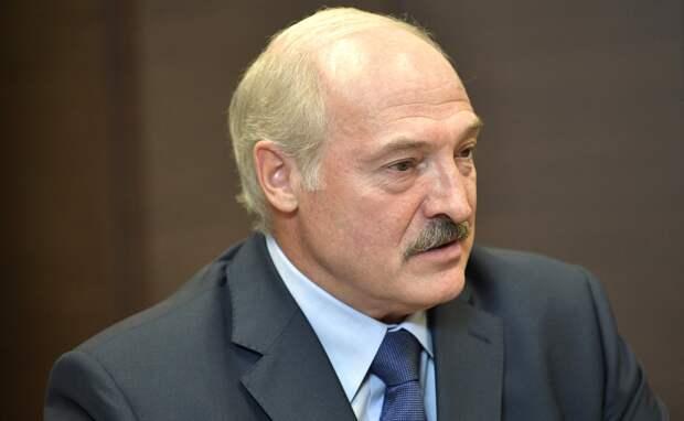 Сдержанное беспокойство: российские официальные лица прокомментировали заявления Лукашенко