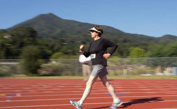 Продолжительность жизни напрямую зависит от скорости ходьбы