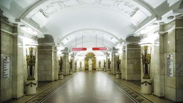 Метро Петербурга будет работать в обычном режиме во время празднования Дня города