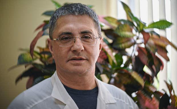 Доктор Мясников рассказал, на какие болезни могут указать изменения ногтей