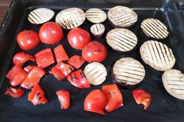 Хоровац — салат из запеченных овощей: фото шаг 2