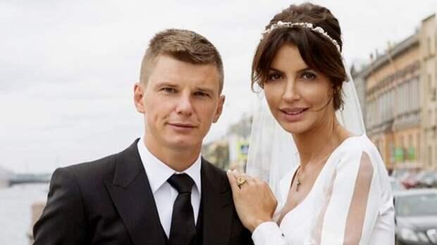 Бросил беременную жену, уехал в Англию, сделал покер на «Энфилде». История Аршавина