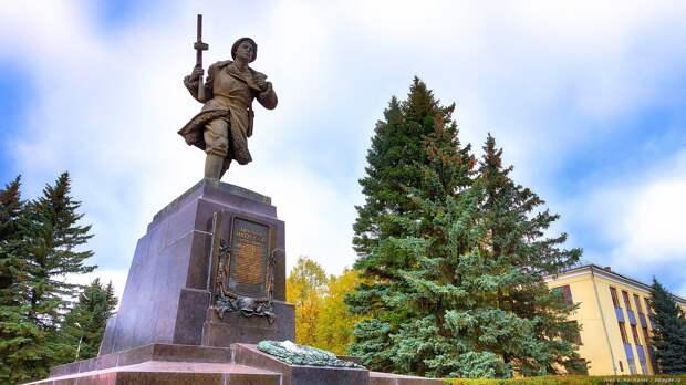 Подвиг советского солдата Александра Матросова как пример настоящего самопожертвования