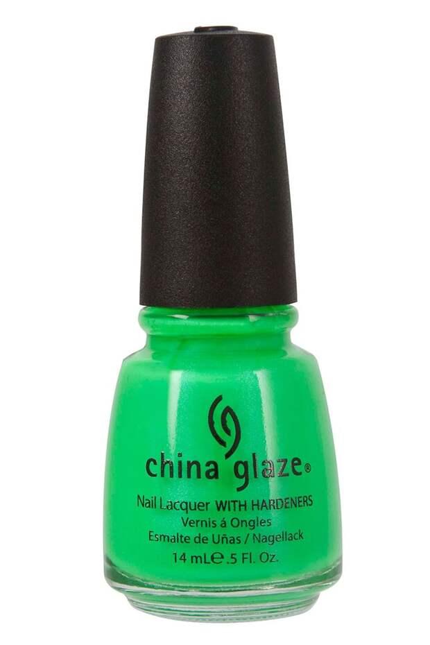 Для лета: самые сочные цвета лаков для ногтей