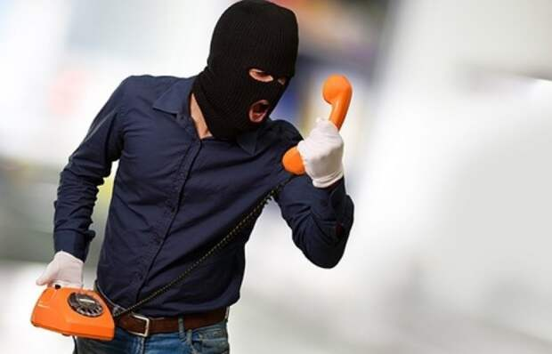 Мошенники стали чаще прикидываться сотрудниками правоохранительных органов
