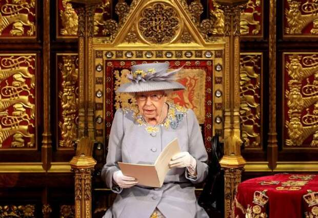Тронная речь королевы: Елизавета II раздала поручения парламенту на  год работы