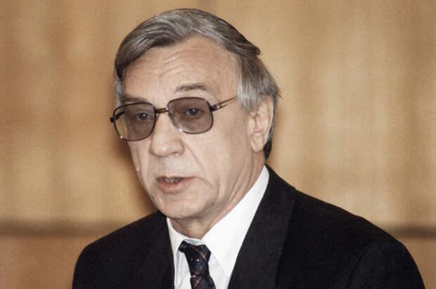 Геннадий Янаев