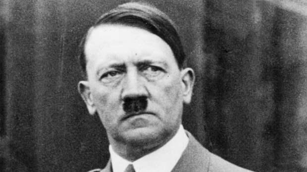 Внештатный журналист CNN оказался сторонником Гитлера