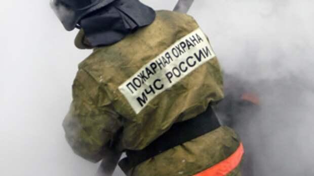 Три человека пострадали при пожаре в многоэтажном жилом доме в Москве