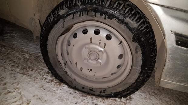 На въезде в Симферополь автомобилистов встречают аварийные ямы на дорогах2