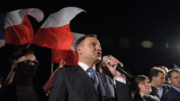 Как Польшу превращают в новый таран против России