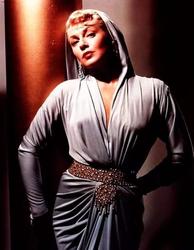 Колоризированные фотографии великолепной Ланы Тернер