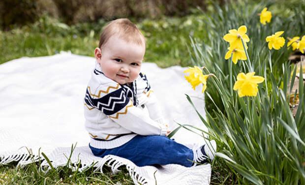 Наследный принц Люксембурга Гийом и принцесса Стефания представили новые фото сына к его первому дню рождения