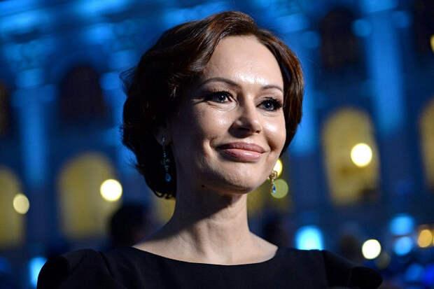 Ирина Безрукова описала постельную сцену сЕременко