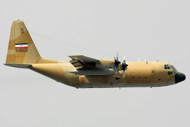 A flying C-130 Hercules.jpg