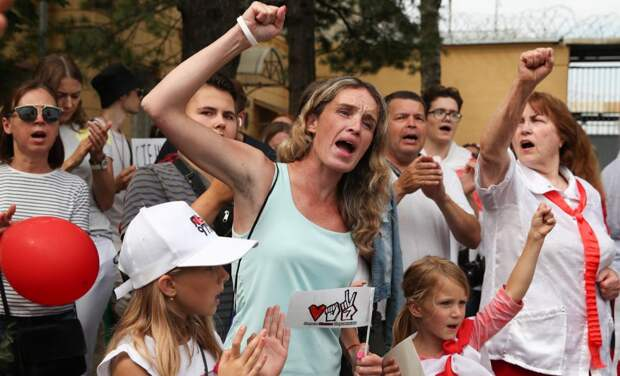 Десятый день протестов в Беларуси: в Гродно выполнили требования протестующих
