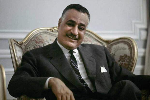 Египетский лидер Гамаль Абдель Насер незаслуженно стал Героем Советского Союза. Фото: https://ruspekh.ru/people/naser-gamal-abdel