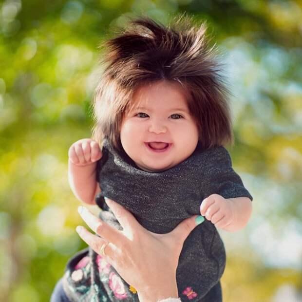 Как выглядят дети, которые появились на свет с роскошной шевелюрой