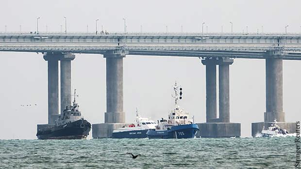 В Совфеде оценили последствия возвращения Украине военных кораблей