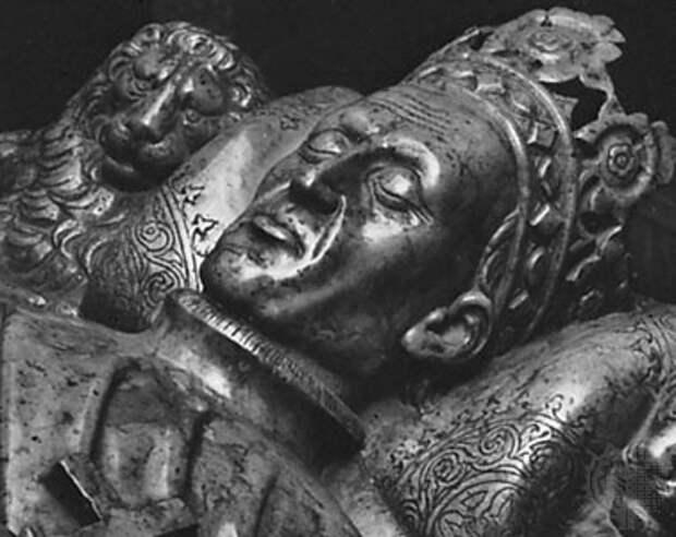 ОЛЕГ И ЯГАЙЛО: В ЧУЖОМ ПИРУ ПОХМЕЛЬЕ (предатель ли рязанский князь Олег в Куликовской битве?)