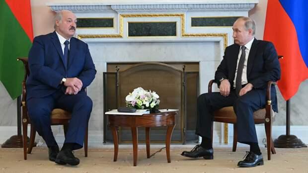 Путин и Лукашенко договорились о кредитах Минску