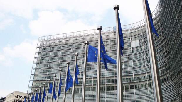"""Bloomberg: в ЕС хотят укрепить """"устойчивость Украины"""" перед Россией"""