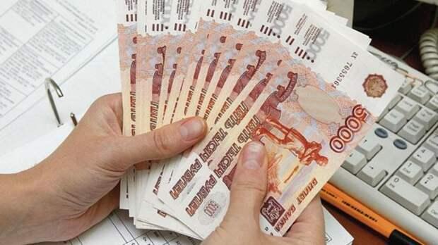 Банки и коллекторы фиксируют резкий рост неплатежей по кредитам